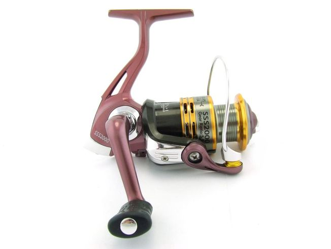 SARATOGA SSS 2000 5BB Bream Spinning Fishing Reel Trout Whiting Soft Plastics 0