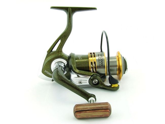 SARATOGA SVS 2000 7BB Bream Spinning Fishing Reel Trout Whiting Soft Plastics 0