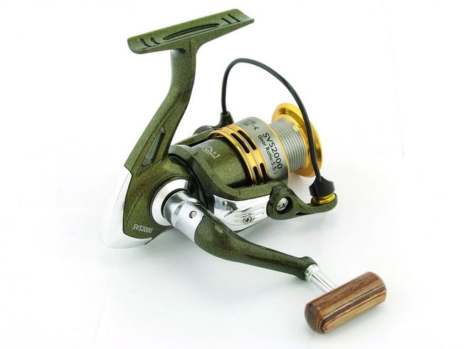 SARATOGA SVS 2000 7BB Bream Spinning Fishing Reel Trout Whiting Soft Plastics 1
