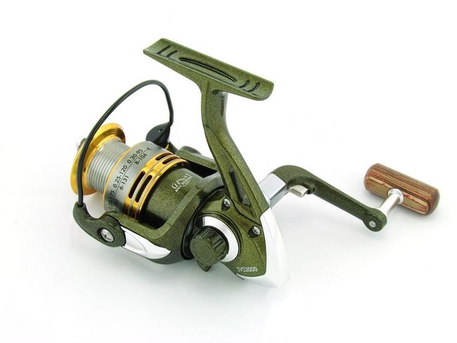 SARATOGA SVS 1000 7BB Bream Spinning Fishing Reel Trout Whiting Soft Plastics 3