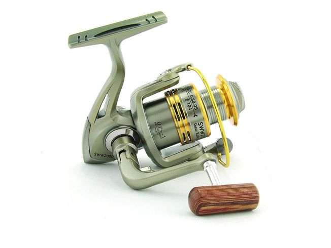 SARATOGA SWW 1000 7BB Bream Spinning Fishing Reel Trout Whiting Soft Plastics 3