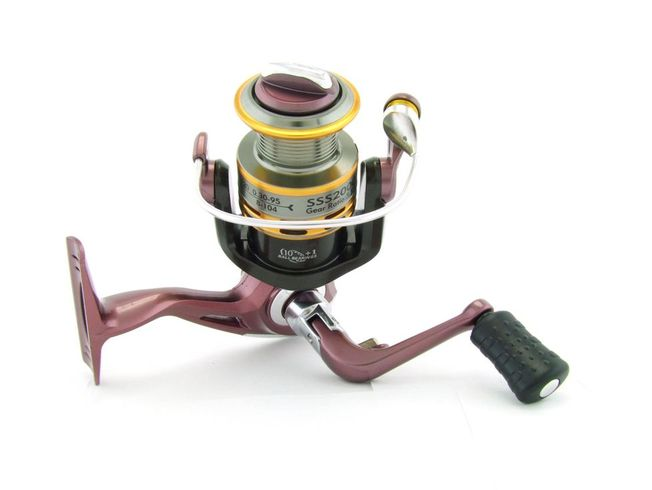 SARATOGA SSS 2000 5BB Bream Spinning Fishing Reel Trout Whiting Soft Plastics 4