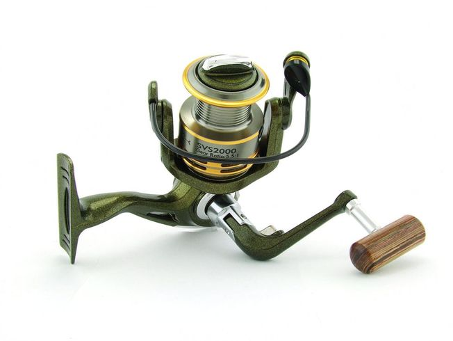 SARATOGA SVS 2000 7BB Bream Spinning Fishing Reel Trout Whiting Soft Plastics 4