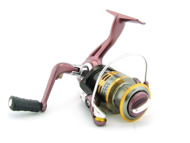 SARATOGA SSS 2000 5BB Bream Spinning Fishing Reel Trout Whiting Soft Plastics 5