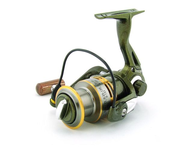 SARATOGA SVS 1000 7BB Bream Spinning Fishing Reel Trout Whiting Soft Plastics 5