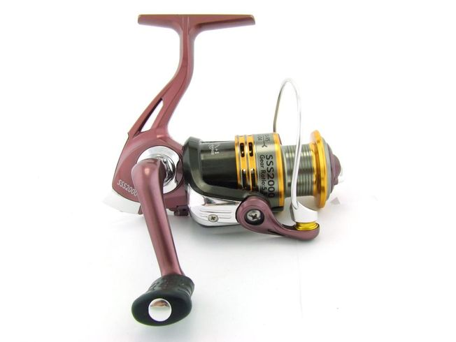 SARATOGA SSS 2000 5BB Bream Spinning Fishing Reel Trout Whiting Soft Plastics 6