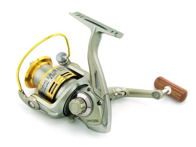 SARATOGA SWW 1000 7BB Bream Spinning Fishing Reel Trout Whiting Soft Plastics 6