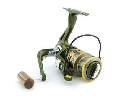 SARATOGA SVS 1000 7BB Bream Spinning Fishing Reel Trout Whiting Soft Plastics