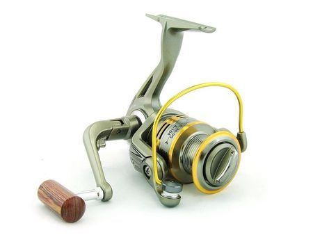 SARATOGA SWW 2000 7BB Bream Spinning Fishing Reel Trout Whiting Soft Plastics